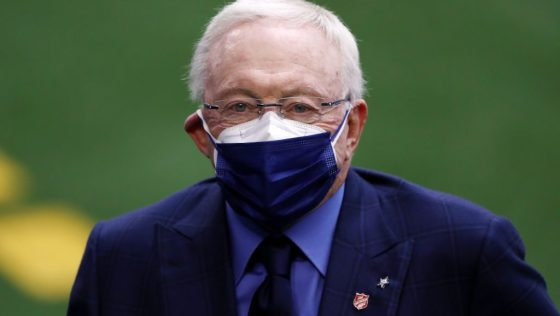 "Texas freeze allows Jerry Jones' natural gas company to ""hit jackpot"""